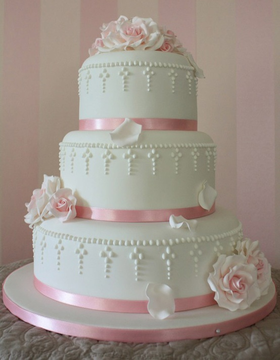 Princess' Cake - Debbie's Cake Boutique