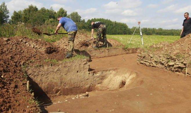 Forgotten medieval warrior unearthed in Siberia. Archaeologists appear to have discovered a forgotten legend in western Siberia, where they unearthed a uniquely preserved burial site for a mighty warrior slain in battle. The body was discovered in a mound in the Omsk region dating back to the  11th or 12th century [Credit: Andrei Makhonin/Vedomosti]