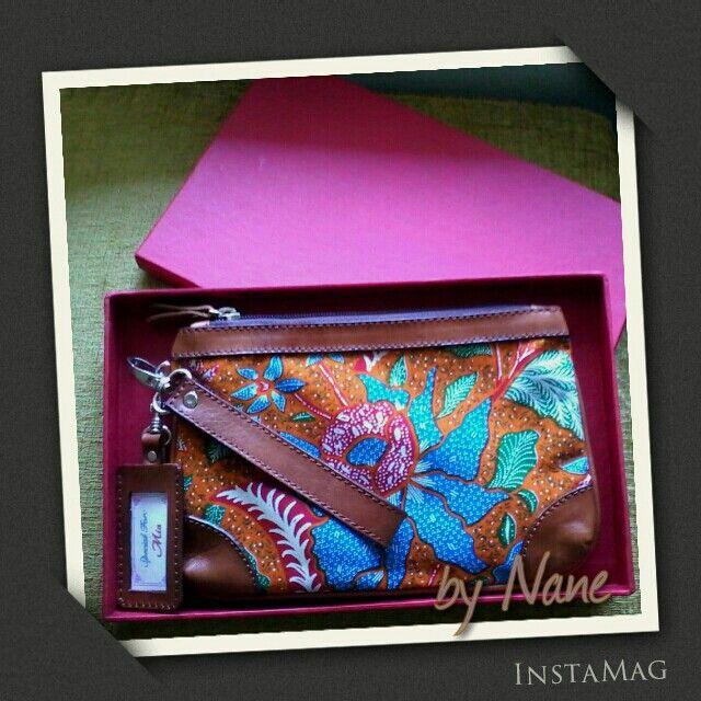 Batik Wristlet