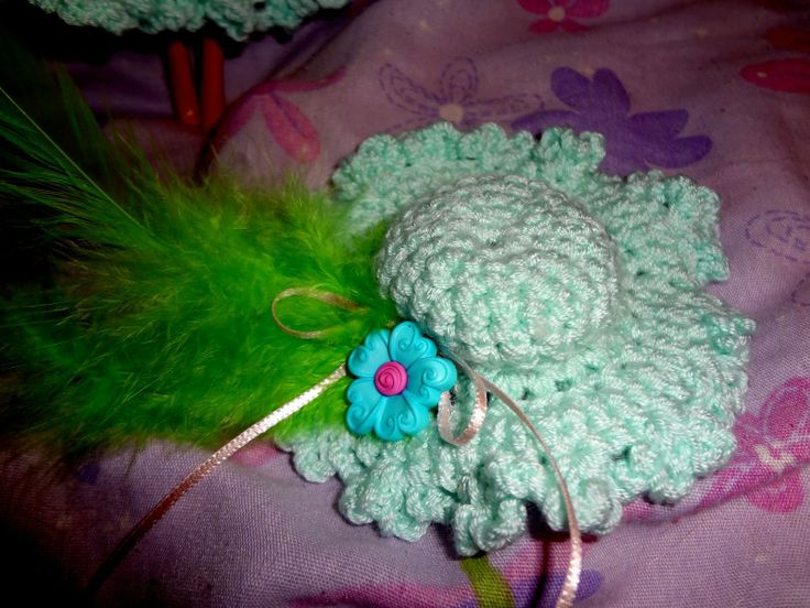 Free Crochet Patterns For Barbie Hats : 1000+ images about Crochet Barbie Doll clothes on ...