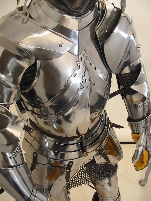 Late 15th C. Armour by Jeff Wasson... pushing Renaissance pretty hard, but I'm a late antique/early medieval specialist, and I don't care. :p: