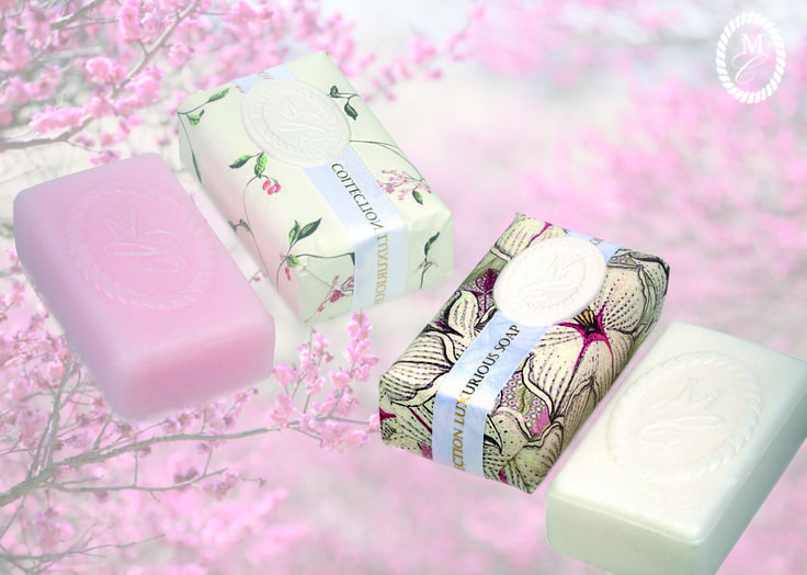 Mmmm wrapped soap in lilly/white and powder/pink.