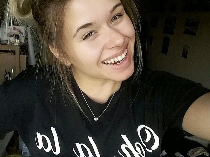OH LA LA   Szybkie pakowanie i najwyższa pora jechać na największe wydarzenie blogowe w Polsce  hello @blogconferencepoznan! #BCP #BCP2017    _________  #friday #yay #happiness #polishgirl #girl #smile #friends #weekend #bloggerlife #lifestyle #blogerka #fridayfunday #fun #blondedoitbetter #blonde http://ift.tt/2s3VDpU