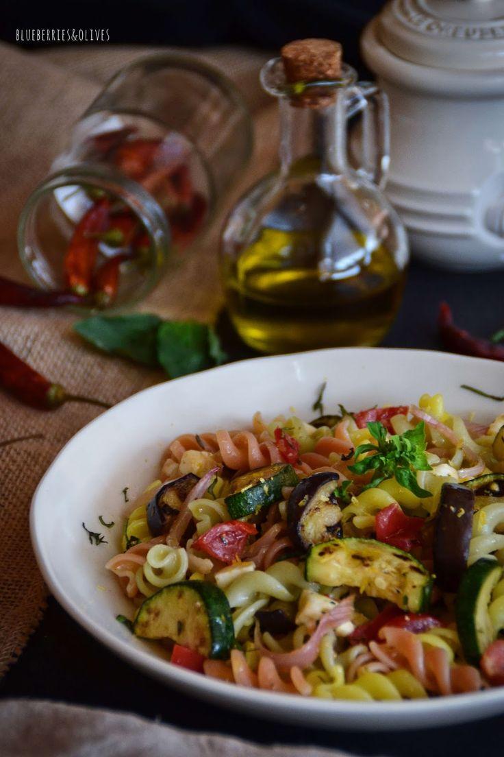 ПАСТА САЛАТ С жареными овощами, чесноком и лимонным соусом