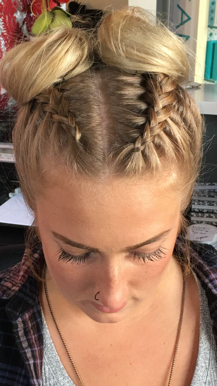 best Hair and beauty images on Pinterest  Blondes Catwalks and