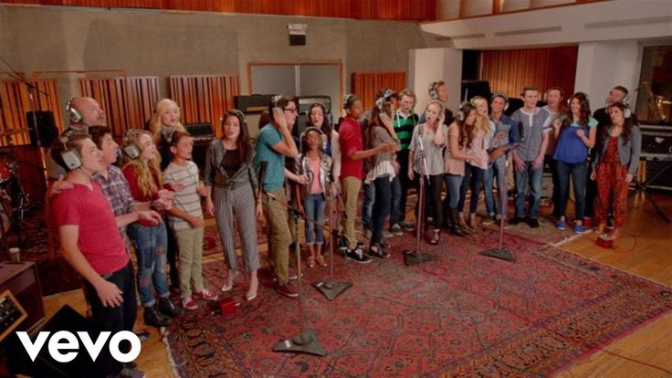 """Do You Want To Build A Snowman (from """"Frozen"""") - Disney's Circle of Stars - YouTube"""