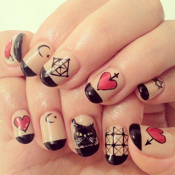 タトゥーキャットNail♡ #nail #nails #nailart #nailarts #nailartclub #nailspot_anela #cat #cats #tatoo #heart #isseimiyake #ネイル #ネコ #ネイルアート #handpaint...