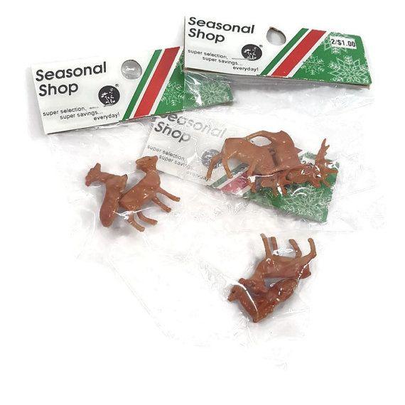 Vintage Christmas Reindeer Craft Pieces 6ct- Buck Doe Deer- Miniature 1 inch Size- Christmas Village- Woodland Miniatures- Diorama Supplies by PinkFlyingPenguin