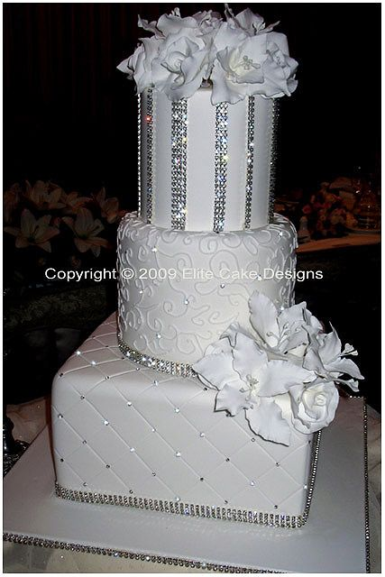 wedding cakes with crystals 755 best white wedding cakes images on 26009