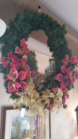 More festive fun from the Black Pearl Emporium! Lovely wreath, $50 #collingwood #seasonal #HolidaysAreComing