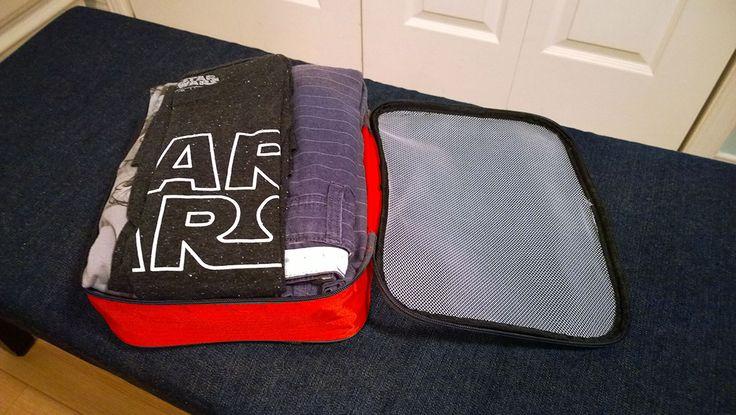 Faire une valise surtout pour une famille qui part à Walt Disney World peut être tout un casse-tête surtout si on veut avoir le moins possible de bagages. Il existe plusieurs trucs pour économiser …