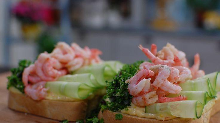 Passar bra till en god räksmörgås eller fisk.