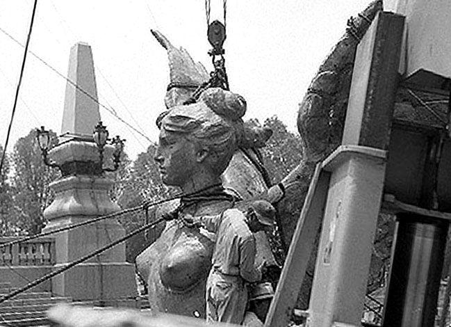 Columna del Angel de la Independencia, México Historia Biografías Fotos
