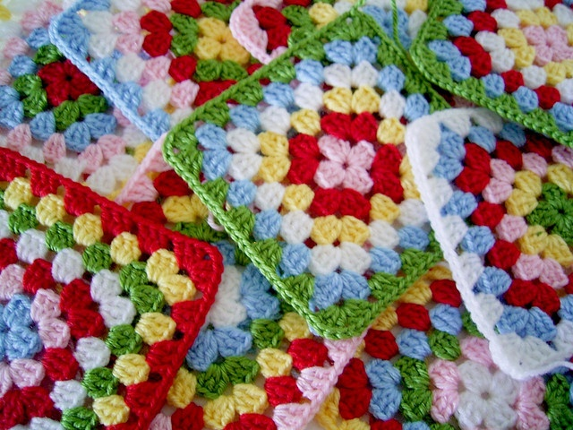 Perfect granny squares- need to check this out....mine always come out twisty!