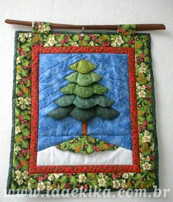 Quilted christmas tree
