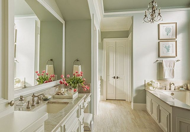 Bathroom Ideas. Neutral Bathroom Design Ideas. Beautiful Traditional Bathroom. #Bathroom #BathroomIdeas