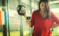 Das ist mit Abstand das Coolste, was man mit einem Fußball machen kann!