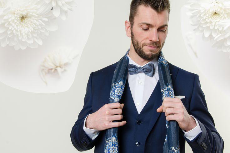 #rionefontana#Journal #fashion #social #blog #fashionman #abito #suit #papillon #bowtie #LuigiBianchiMantova #since1911 #madeinItaly #manswear #new #collection #nuova #collezione #SS17 #PE17 #spring #summer#primavera #estate #shopping #shop #online #instore #abbigliamento #maschile #uomo #abito #sposo #cerimonia #sciarpa #scarf #Roda