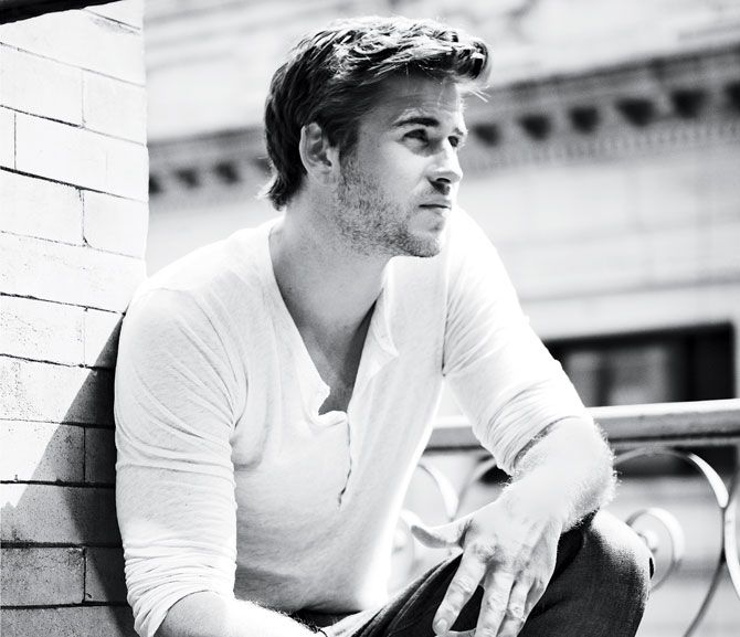 Men's Health - Celebrity Fitness - Liam Hemsworth: Are You Hungry Enough?