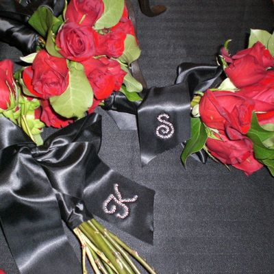 Bouquet Accessories: Ribbons, Buckles and Charms - Bridal Accessories