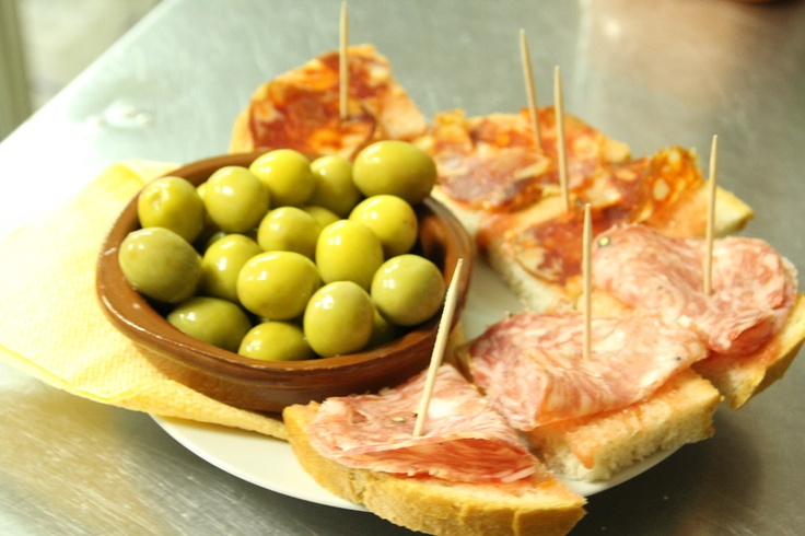 Tapas - gustări cu specific spaniol