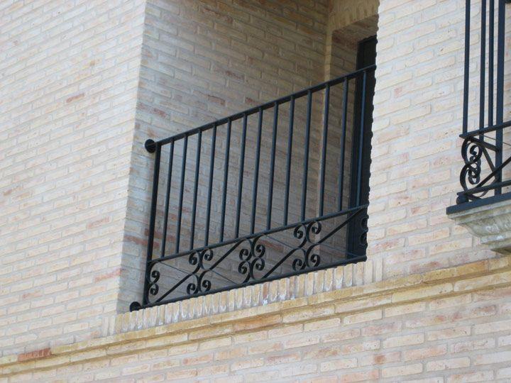 Las barandillas o balaustradas hierro forjado wrought for Barandillas hierro forjado