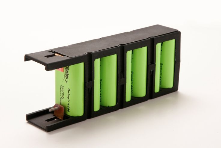 Boston-Power, which once dreamed of building a lithium-ion cell battery factory in the United States, announced Tuesday it has lined up $125 million of investments to shift a big part of its business to China and thin its operation in the U.S. by about 35 percent.