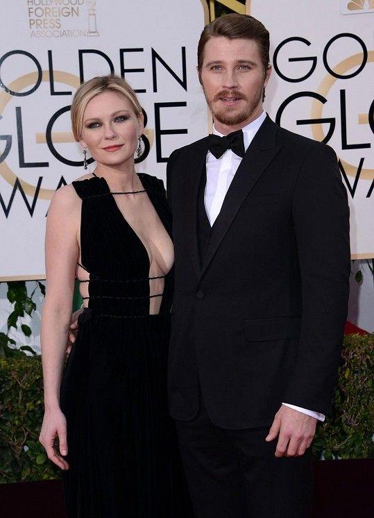 Herečku doprovázel její přítel Garrett Hedlund.