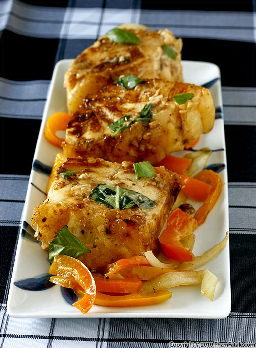 Medallions of Sea Bass in Lime Garlic Sauce