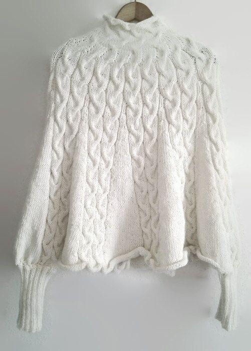 Poncho weiß gestrickt Cape Pullover von CrochetFashionTrends