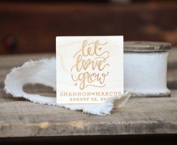 Personalisierte lassen Sie Liebe wachsen Stempel für Hochzeit Briefpapier, Bridal und Baby-Duschen - Pflanze Samen Packet Gefälligkeiten und Gunst Tags