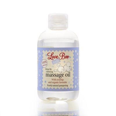 """Deze 100% natuurlijke massage olie is heerlijk voor het geven van rustgevende massages aan je baby. Door de toegevoegde """"goodies"""" zoals rozenbottelolie en organische lavendelolie helpt de olie om de geirriteerde huid en eczeem te kalmeren en te verzachten, de zachtheid en soepelheid van de huid te herstellen en helpt je kleintje om tot rust te komen. De massageolie is verkrijgbaar in onze webshop: www.houseofaiden.nl"""