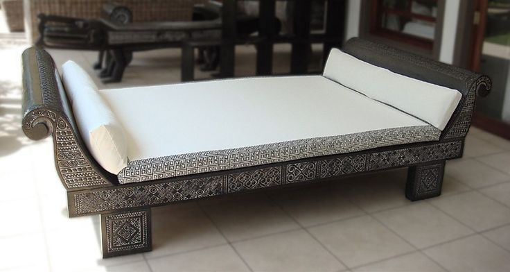 1000 Ideas About Daybed Couch On Pinterest Daybeds Mattress Covers And Built In Daybed