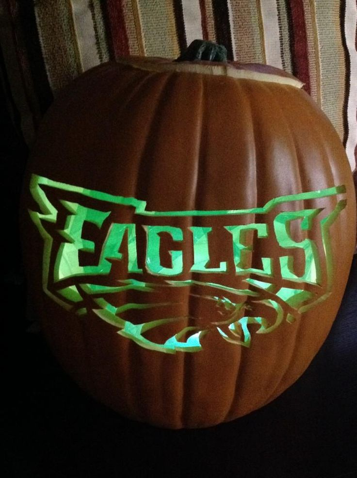 Rocking #Eagles Green this Halloween!