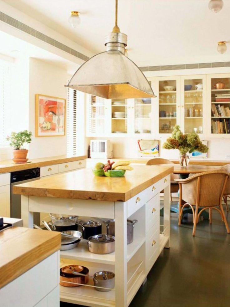 Cozy country kitchen designs butcher blocks block for Country kitchen designs with islands