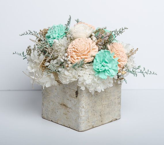 Birch, sola flower and preserved hydrangeas #bycarolinarosadesigns