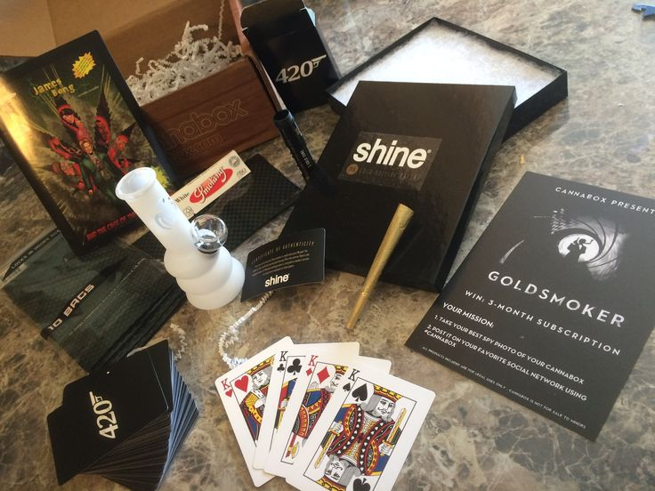 "Cannabox February 2016  Unboxing & Review  ""GOLDSMOKER"""