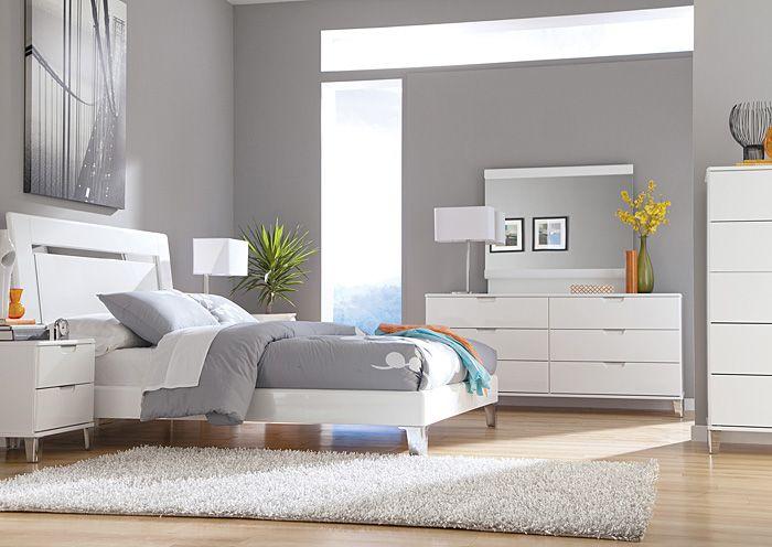 Jennifer Convertibles: Sofas, Sofa Beds, Bedrooms, Dining Rooms & More! Culverden Queen Platform Bed, Dresser & Mirror