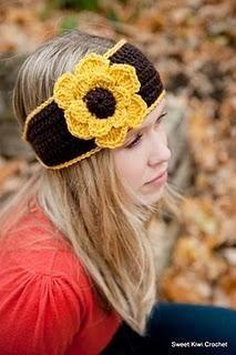 Crochet Flower Headwrap Pattern - This is great, I love it!  It looks like a Sunflower!
