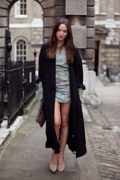 Girl with the short skirt and long jacket – Modern skirts blog for you