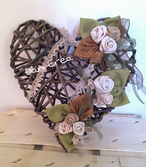 Il filo di mais di Chiara Gloria e Daniela: Oggetti con riciclo carta what a beauty;) heart