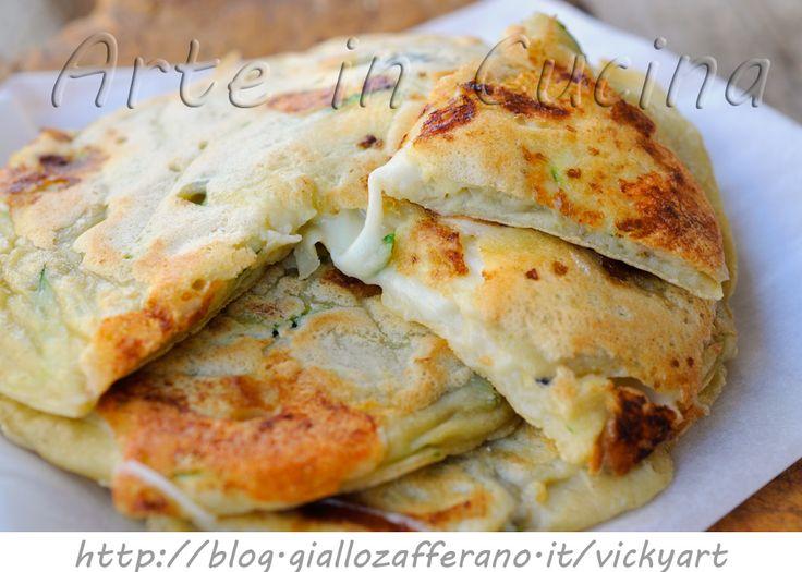 Pancake con melanzane e zucchine veloci, ricetta sfiziosa, pancakes salati ripieni, facili e veloci, secondo saporito, focaccine di pancakes, cena, pranzo veloce