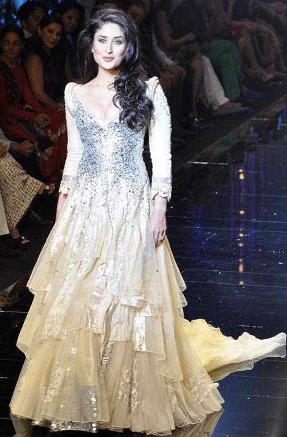 GORGEOUS WEDDING GOWNS 2013 &14 | beautiful manish malhotra bridal wedding lehnga designs 2013 14 indian ...