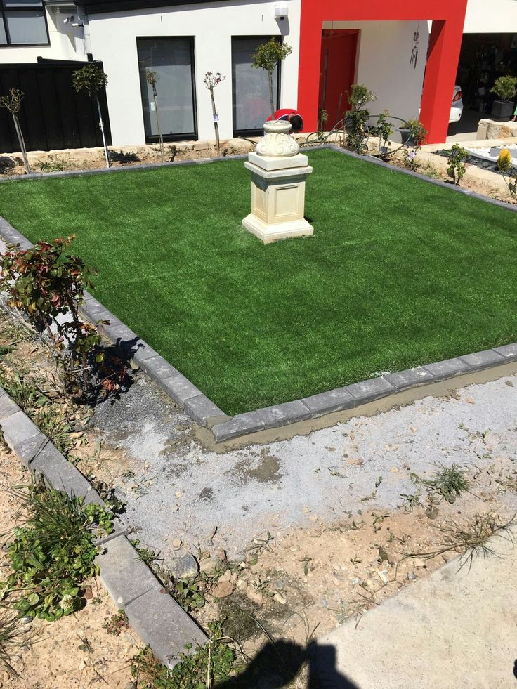 Front yard makeover using 45 mm pile height CSIRO tested turf www.artificialturfsupplycanberra.com.au for more info..