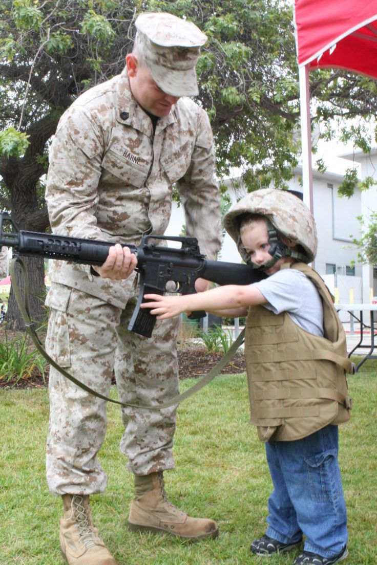DUFFEL BLOG PRESENTS: The Platoon Sergeant's guide to dealing with Lieutenants