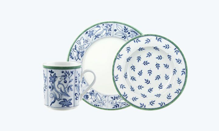 Switch 3 Cordoba dinnerware from Villeroy & Boch exudes Mediterranean splendor with sea blue and green motifs. FREE shipping from $99+.