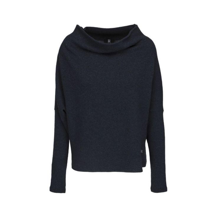 Stickad tröja i ull från Rahbek med fall