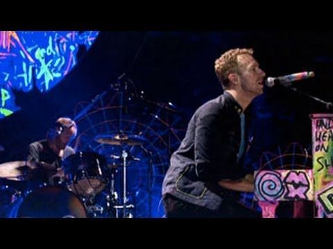 Paradise by Coldplay (Live 2012 from Paris), the light show amazing and his piano awsome looking, I've had this song stuck in my head all day, thanks to my bandmate Rick. Very catchy, Elegant, easy to sing along to, the tone they get on para para paradise. And everyone singing at the end, you know they must be good to creat that mood.