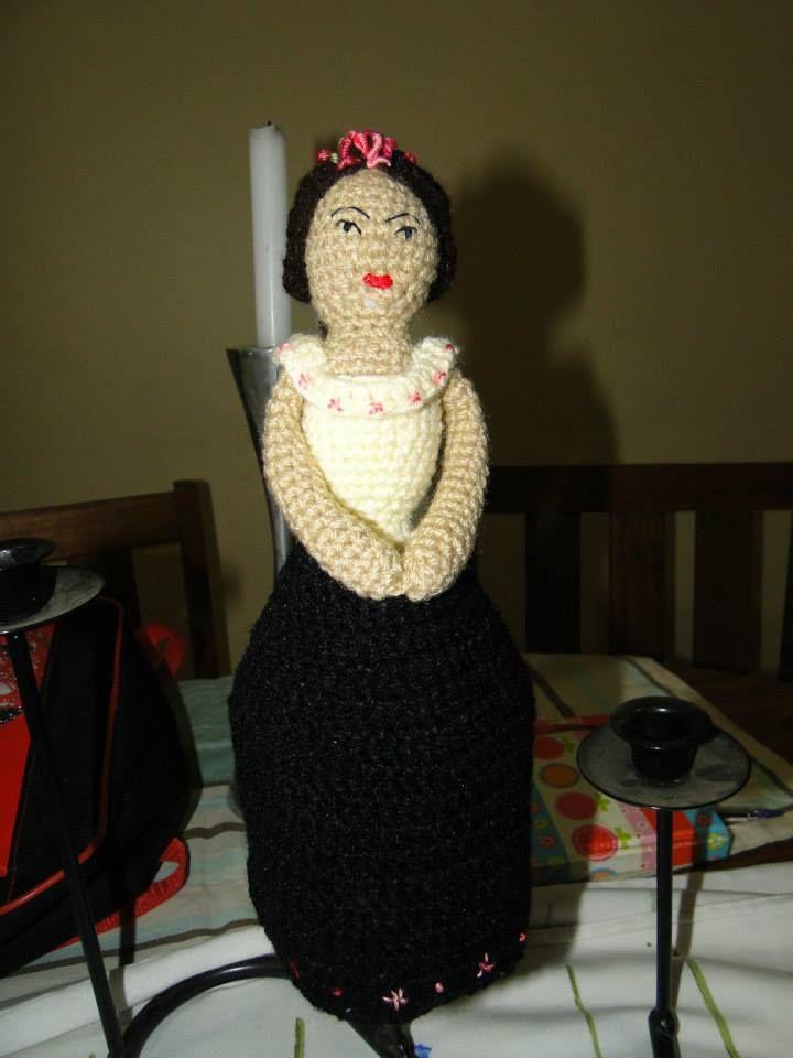 Frida Kalho amigurumi