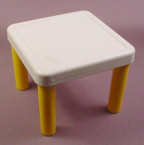 Little tikes original dollhouse yellow white kitchen for Toy kitchen table